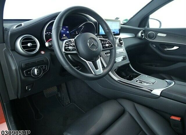 Mercedes-Benz GLC 200d AMG 4Matic Coupe full