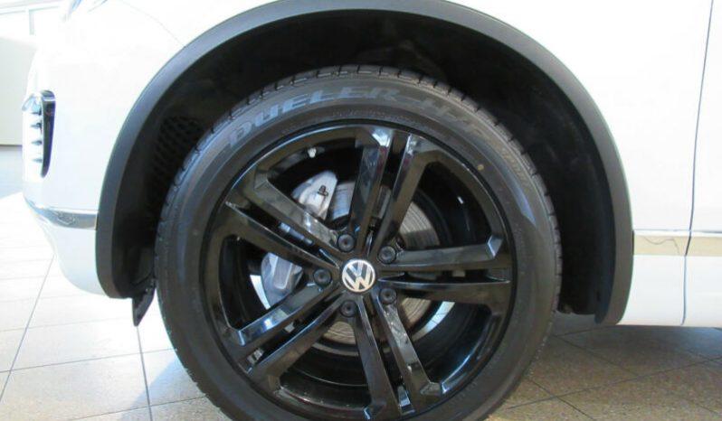 Volkswagen Touareg 3.0 TDI 4-Motion 2xR-Line full