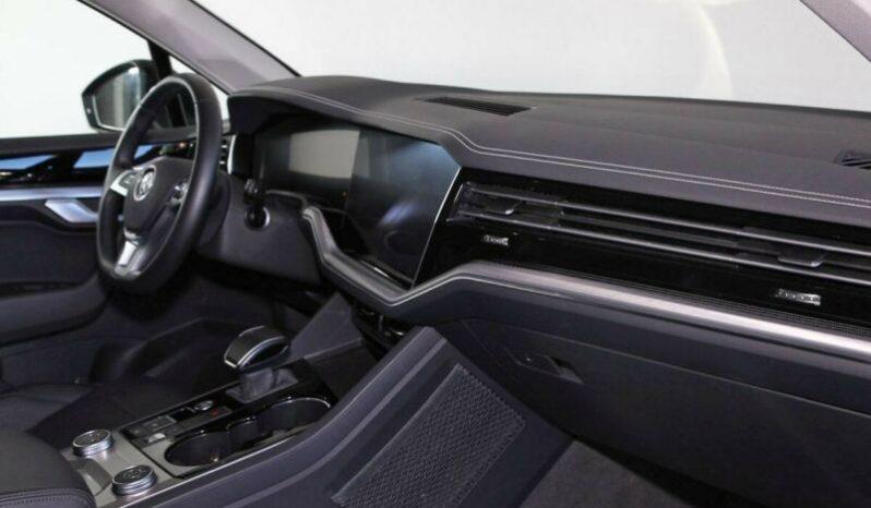 Volkswagen Touareg 3.0 TDI 4-Motion Matrix full