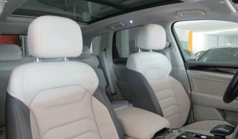 Volkswagen Touareg 3.0 TDI 4-Motion Elegance full