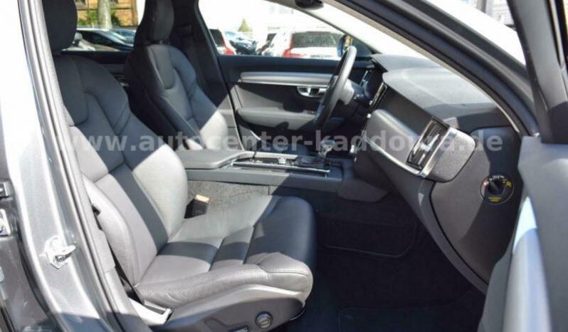 Volvo V90 D4 AWD Momentum full