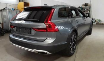 Volvo V90 D4 AWD Cross Country full