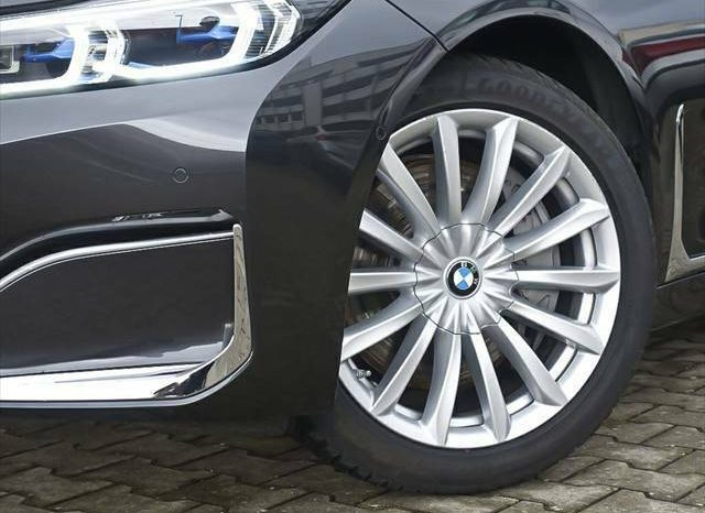 BMW 730d xDrive G11 LIVE COCKPIT full