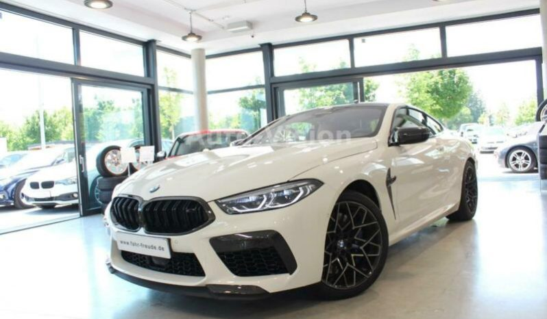 BMW M8 M-Competition full