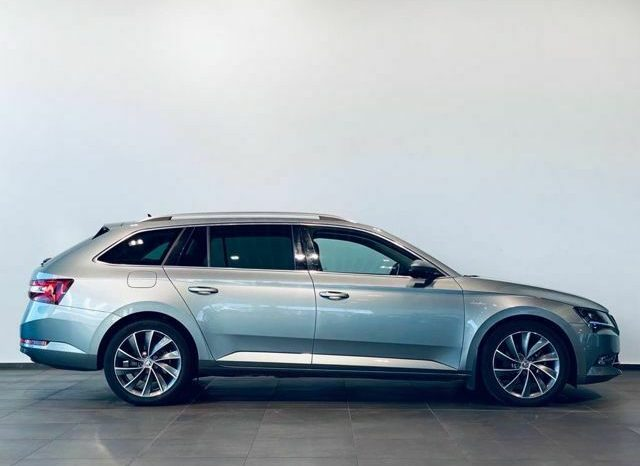 Škoda Superb Combi L&K 2.0TDI DSG 4×4 full