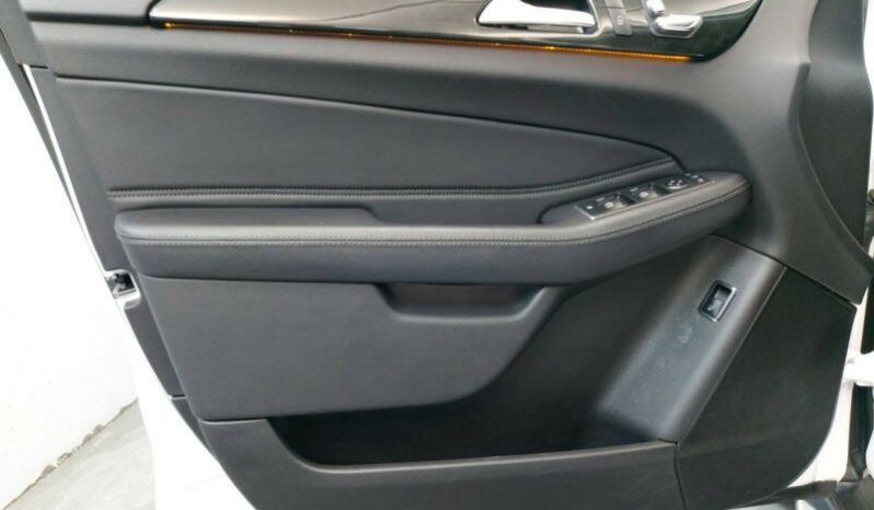 MERCEDES GLE TRIEDA 250D AMG-LINE 4MATIC A/T full