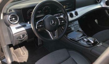 MERCEDES E TRIEDA T 220 D 4MATIC ALL-TERRAIN A/T full