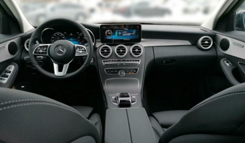 MERCEDES C TRIEDA T 300 AVANTGARDE 4MATIC 9G full