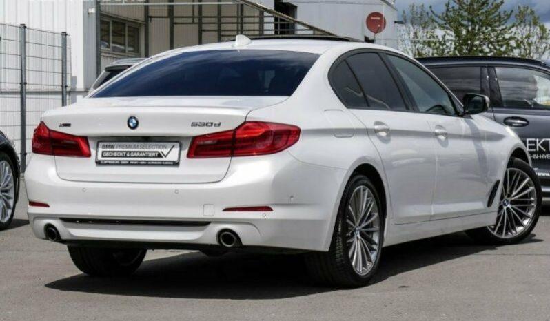 BMW RAD 5 530D XDRIVE SPORT LINE A/T full